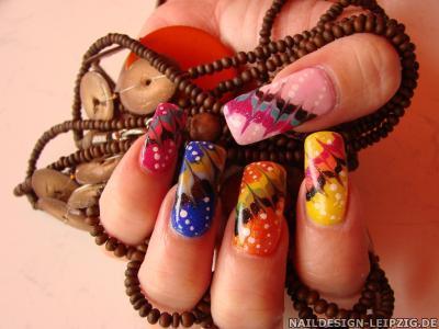 Peep Show für die Nägel